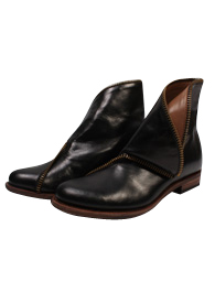Zip Foldover Boot<br>Black Horse